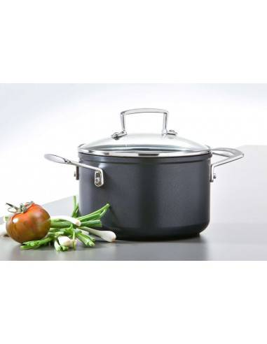 Le Creuset Stewing Pot with Glass Lid...