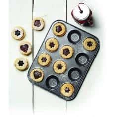 Kitchen Craft Master Class Crusty Bake Non-Stick Hole Shallow Baking Pan