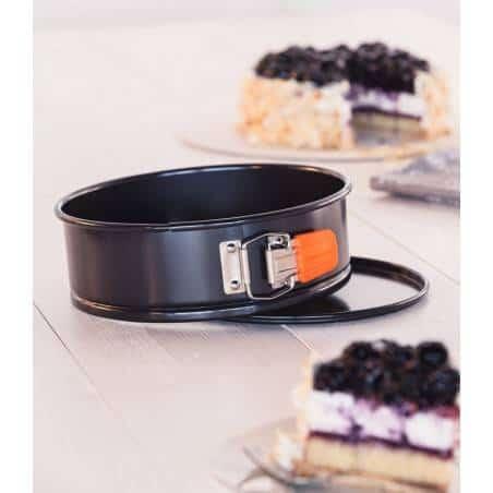 Le Creuset Toughened Non-Stick Bakeware Springform Round Cake Tin - 24 cm - Mimocook