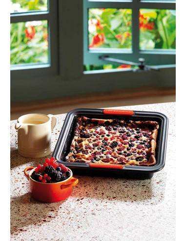Le Creuset Toughened Non-Stick Bakeware Square Cake Tin  23 cm - Mimocook