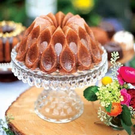 Forma Crown Bundt Pan da Nordic Ware - Mimocook