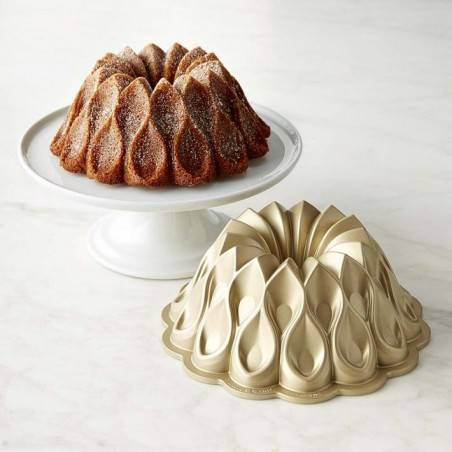 Nordic Ware Crown Bundt Pan - Mimocook