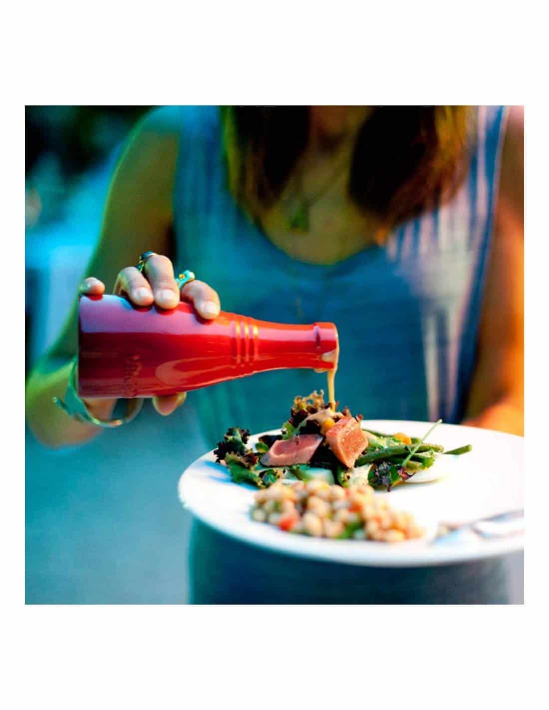 Le Creuset Stoneware Oil and Vinegar Bottle Set - Cerise | MIMOCOOK ...