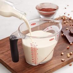 Jarro de medição em ângulo de 1 L e chávenas da OXO - Mimocook